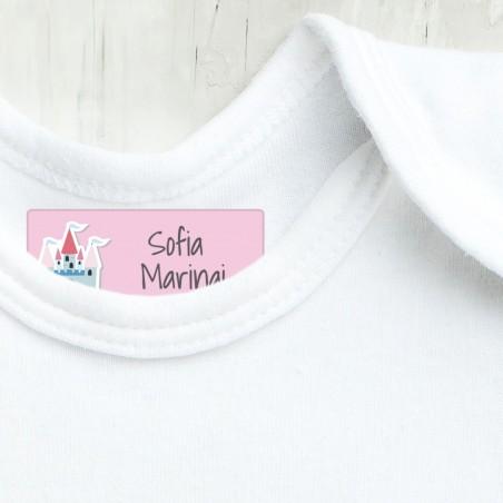 Etichette asilo per vestiti